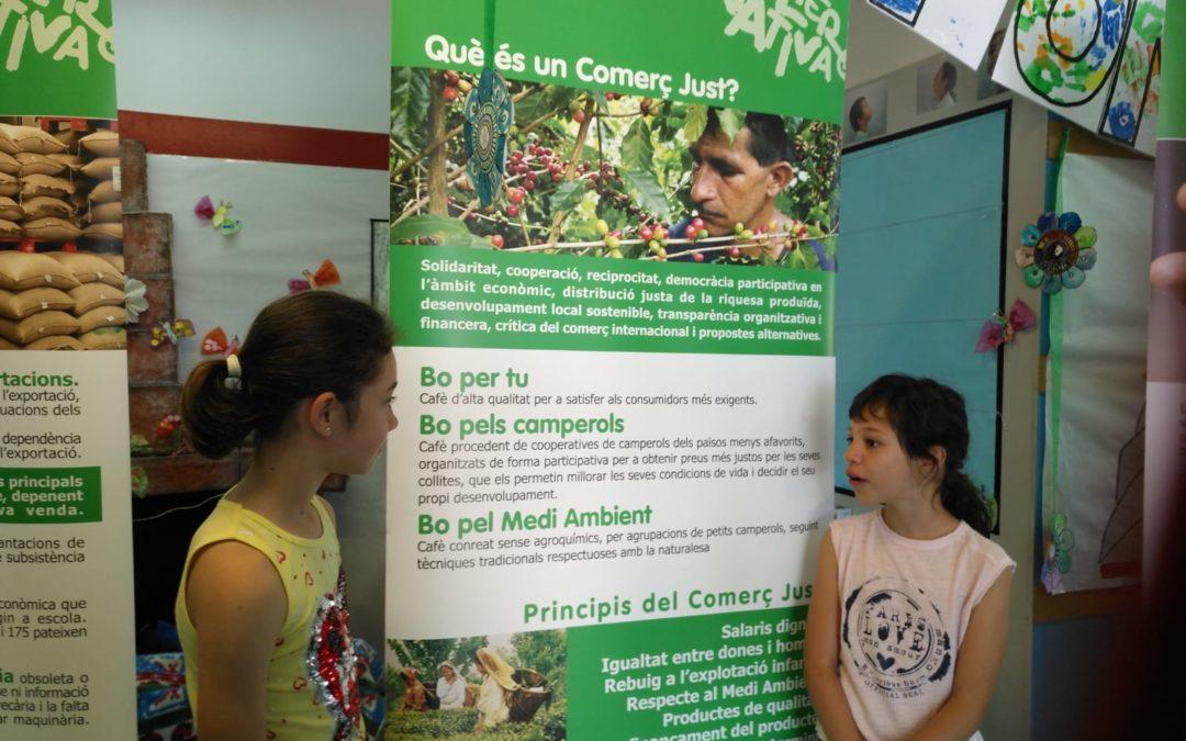 L'alumnat de l'Escola ZER Pont Trencat treballa el Comerç Just amb una exposició
